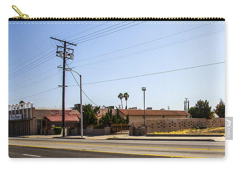 Route 66 Carry-all Pouch featuring the photograph Abandoned 4 by Angus Hooper Iii