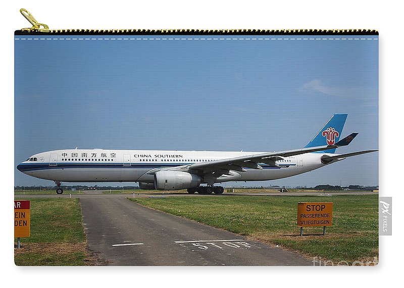 737 Carry-all Pouch featuring the photograph Airbus A330 by Paul Fearn