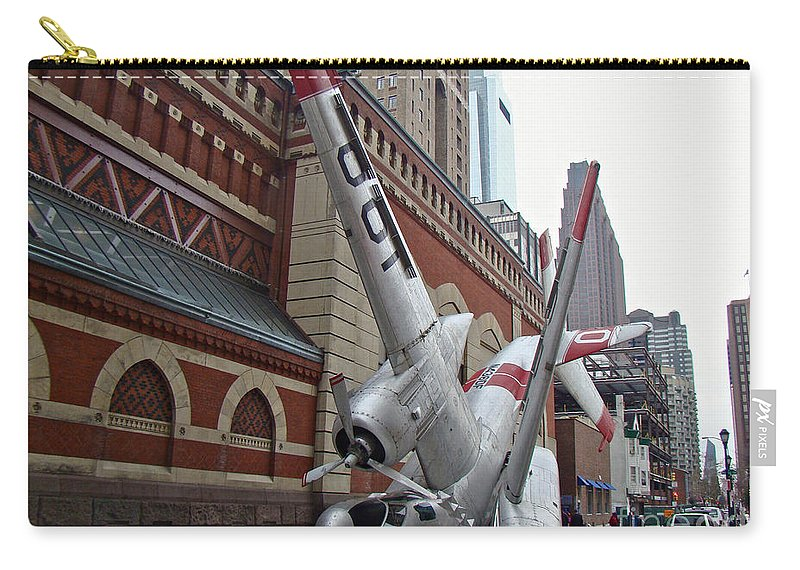 Airplane Carry-all Pouch featuring the photograph Airplane Sculpture In Philadelphia Pa - Navy S2f by Mother Nature