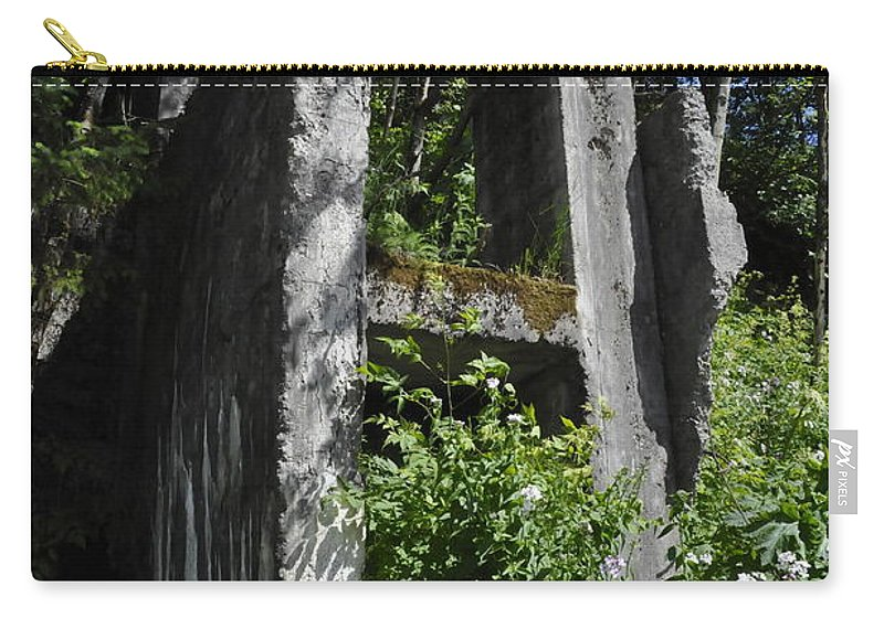 Aj Mine Carry-all Pouch featuring the photograph Aj Mine by Cathy Mahnke
