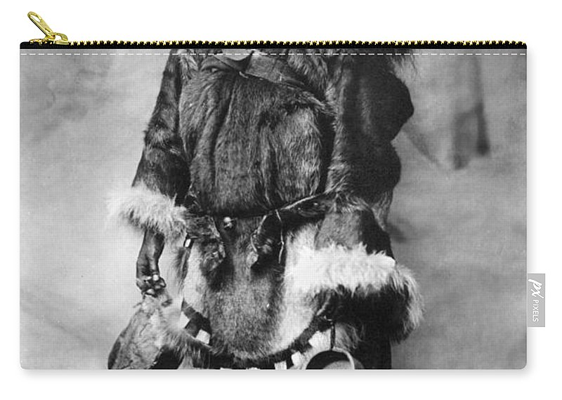 20th Century Carry-all Pouch featuring the photograph Alaska Mother And Child by Granger