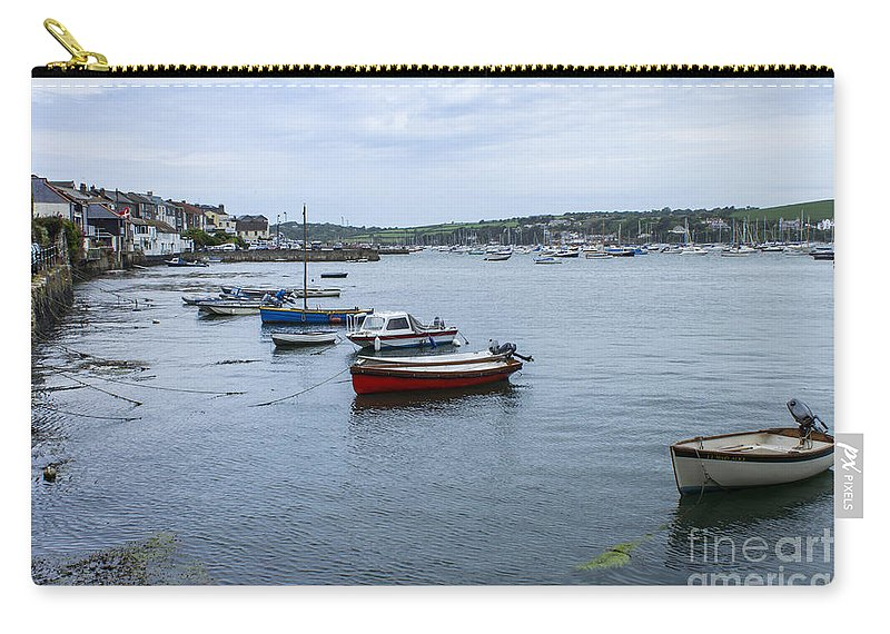 Seascape Carry-all Pouch featuring the photograph All Lined Up by Brian Roscorla
