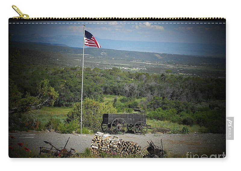 Usa Carry-all Pouch featuring the photograph American Wagon by Brandi Maher