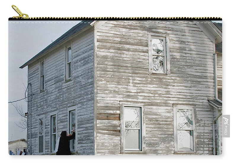 Amish Carry-all Pouch featuring the photograph Amish Window Washer by David Arment