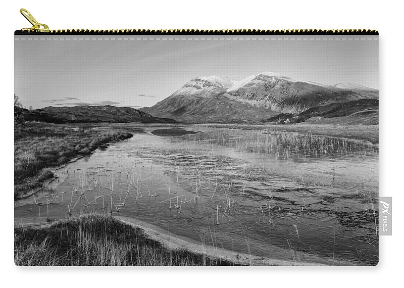 Arkle Carry-all Pouch featuring the photograph Arkle by Derek Beattie