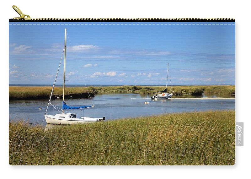 2558 Carry-all Pouch featuring the photograph Awaiting Adventure by Gordon Elwell