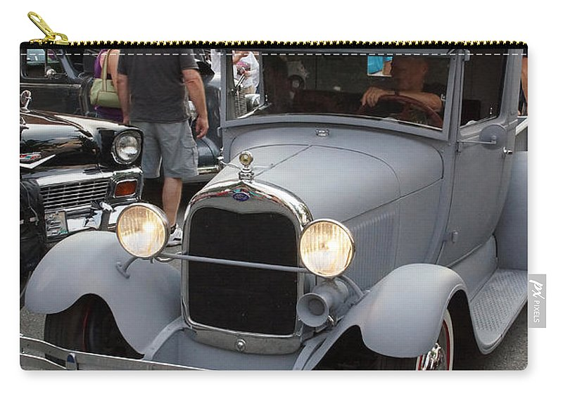 Back To The 50s Carry-all Pouch featuring the photograph Back To The 50s - Grants Pass by Mick Anderson