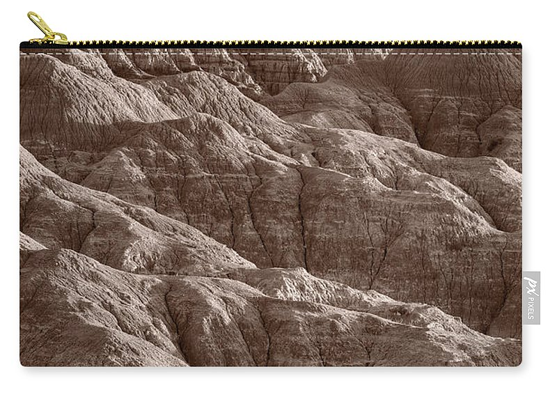 Badlands Carry-all Pouch featuring the photograph Badlands Light Bw by Steve Gadomski