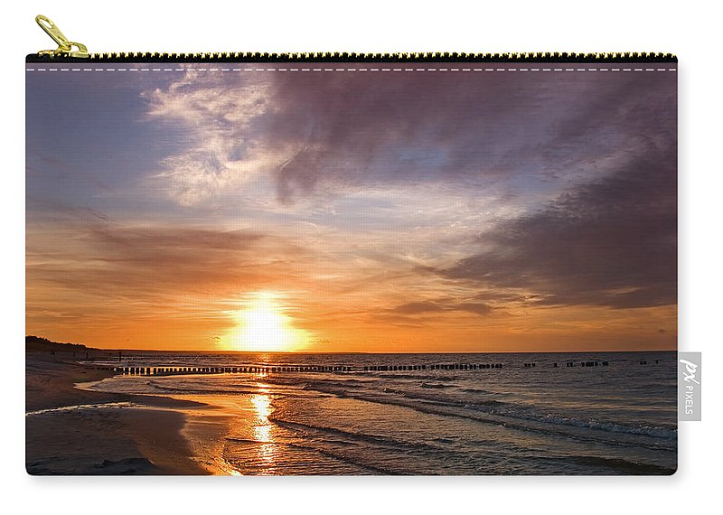 Ostsee Carry-all Pouch featuring the pyrography Beach Sunset by Steffen Gierok