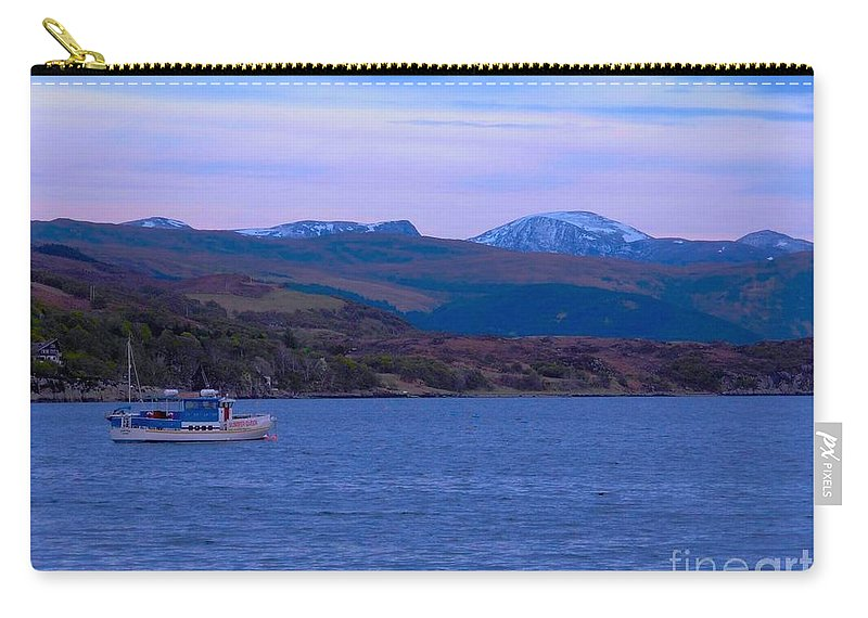 Ullapool Carry-all Pouch featuring the photograph Beautiful Evening At Ullapool by Joan-Violet Stretch
