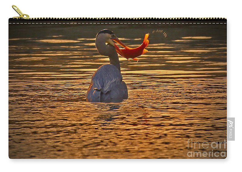 Sunset Carry-all Pouch featuring the photograph Bedtime Snack by Elizabeth Winter