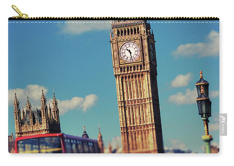 Clock Tower Carry-all Pouch featuring the photograph Big Ben And Commuter Traffic by Doug Armand