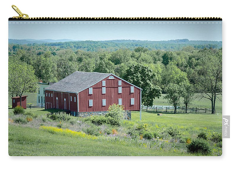 American Civil War Carry-all Pouch featuring the photograph Bilgerville Road Farm 7d02271 by Guy Whiteley