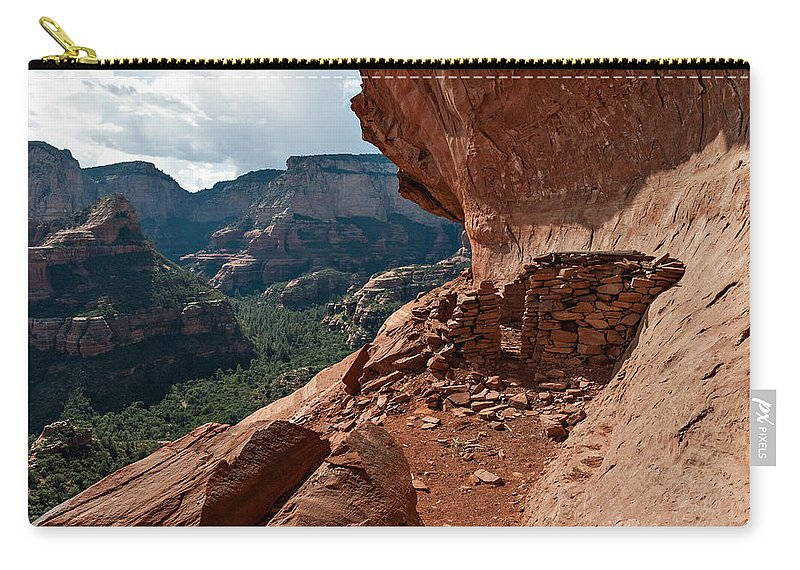 Photo Carry-all Pouch featuring the photograph Boynton Canyon 08-174 by Scott McAllister
