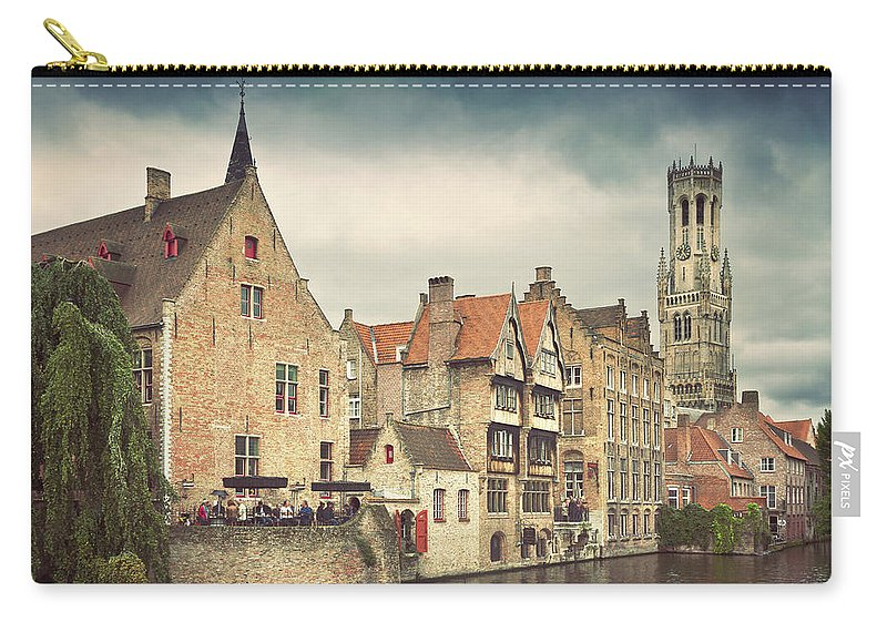 Tranquility Carry-all Pouch featuring the photograph Brugge by Ellen Van Bodegom
