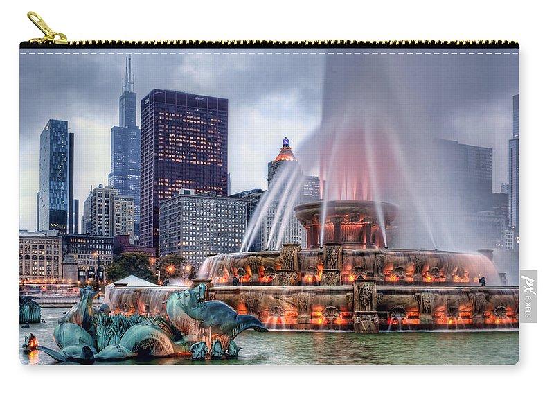 Buckingham Fountain Carry-all Pouch featuring the photograph Buckingham Fountain - 2 by Nikolyn McDonald