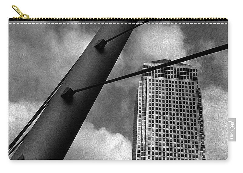 Canary Wharf Carry-all Pouch featuring the photograph Canary Wharf London by David Rives