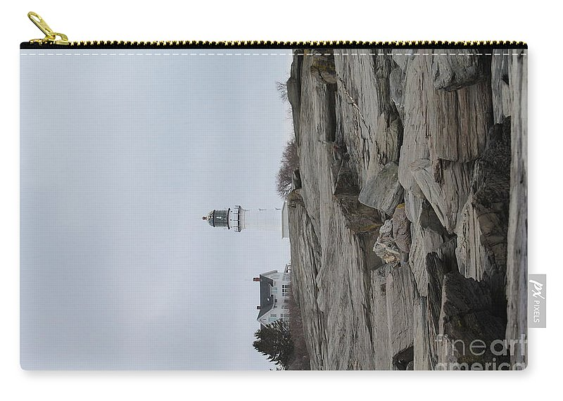 Lighthouse Carry-all Pouch featuring the photograph Cape Elizabeth Lighthouse 8475 by Joseph Marquis