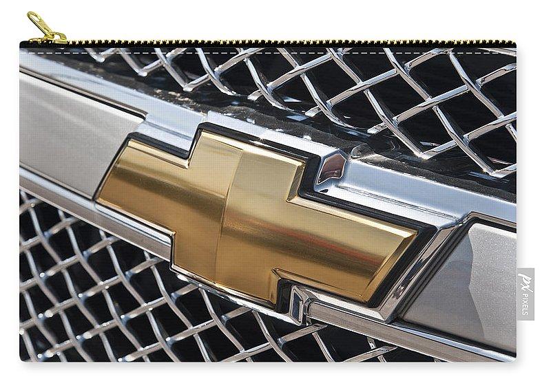 Chevrolet Bowtie Symbol On Chevy Silverado Grill E181 Carry All