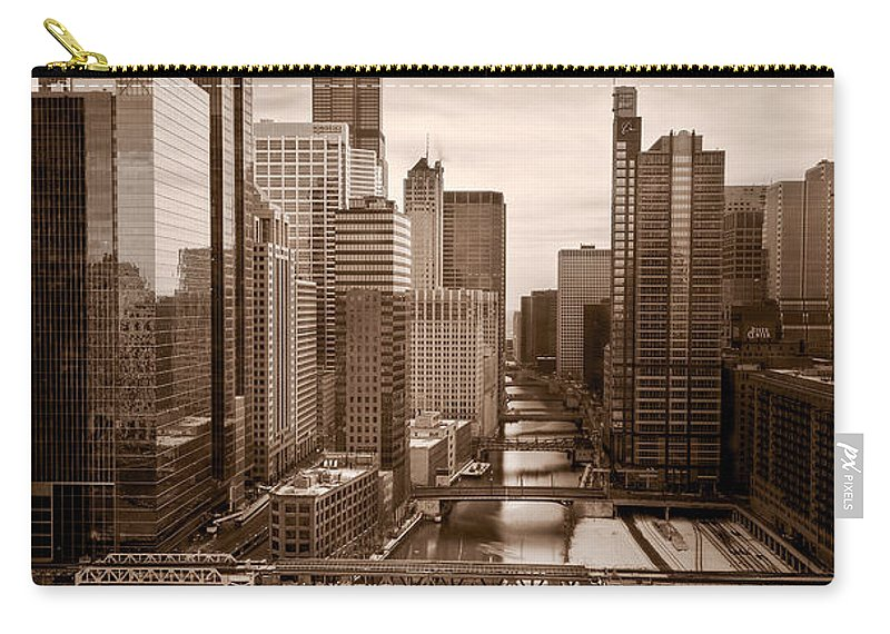 Train Carry-all Pouch featuring the photograph Chicago City View Afternoon B And W by Steve Gadomski