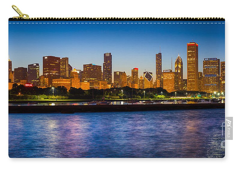 America Carry-all Pouch featuring the photograph Chicago Skyline by Inge Johnsson