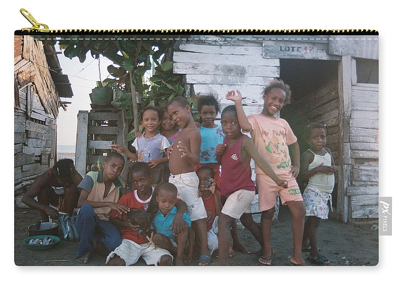 Girl Carry-all Pouch featuring the photograph Cildren Of The Coast by David Cardona