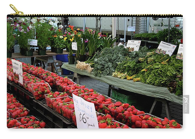 Market Carry-all Pouch featuring the photograph City Market - Manhattan by Christiane Schulze Art And Photography