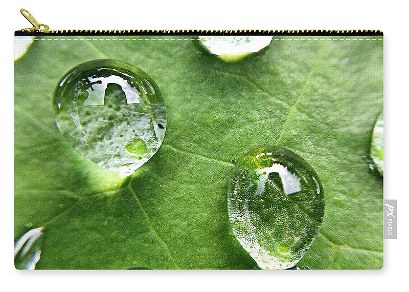 Douglasville Carry-all Pouch featuring the photograph Close-up Of Water Drops On Leaf by Brian Harrison / Eyeem