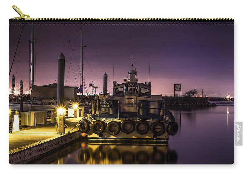 Coastal Star Carry-all Pouch featuring the photograph Coastal Star by David Morefield