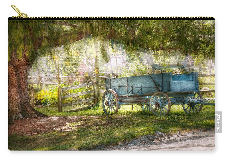 Savad Carry-all Pouch featuring the photograph Country - The Old Wagon Out Back by Mike Savad