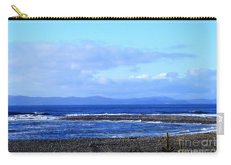 Wild Waves Carry-all Pouch featuring the photograph Crashers by Barbara Griffin