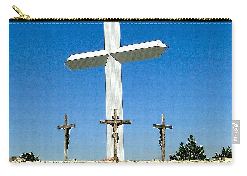 Large Cross Carry-all Pouch featuring the photograph Cross 190 Ft Tall by Cynthia Croal