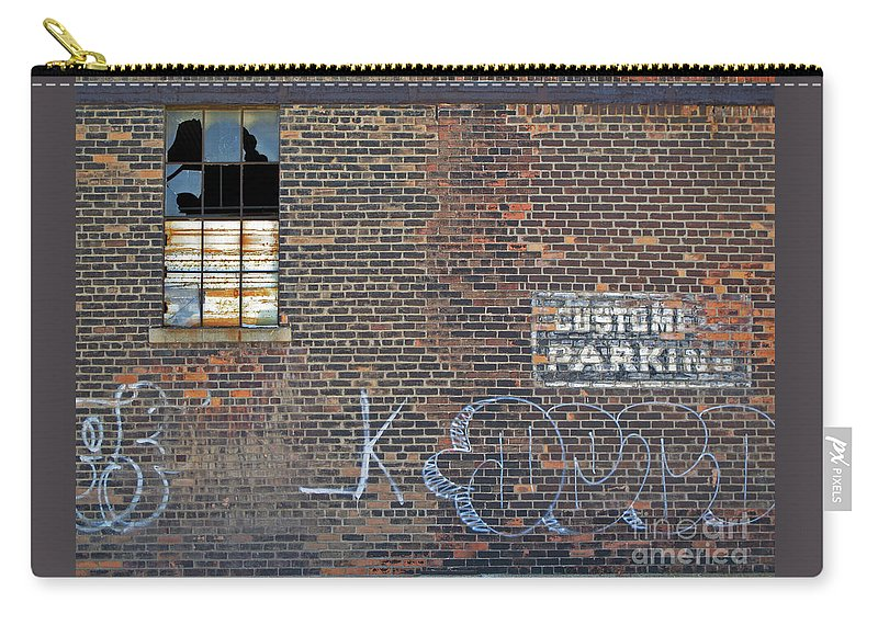 Wall Carry-all Pouch featuring the photograph Customer Parking by Ann Horn