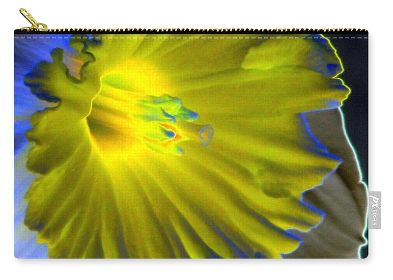 Daffodil Carry-all Pouch featuring the photograph Daffodil Dreams - Photopower 1907 by Pamela Critchlow