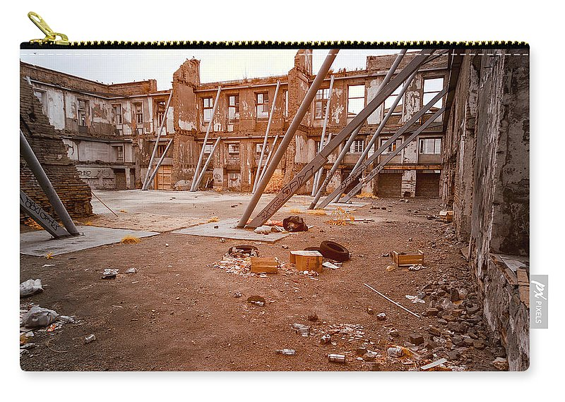 Valparaiso Carry-all Pouch featuring the photograph Damaged Building by Jess Kraft