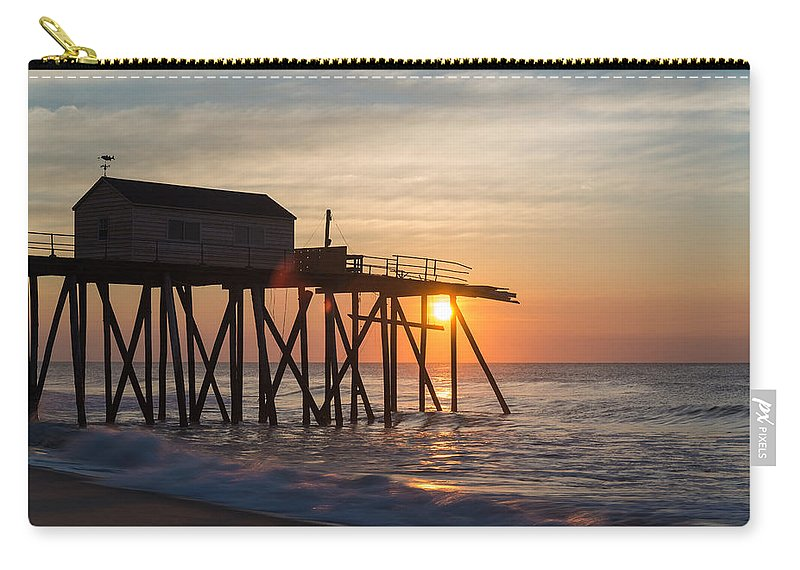 New Jersey Carry-all Pouch featuring the photograph Damaged by Kristopher Schoenleber