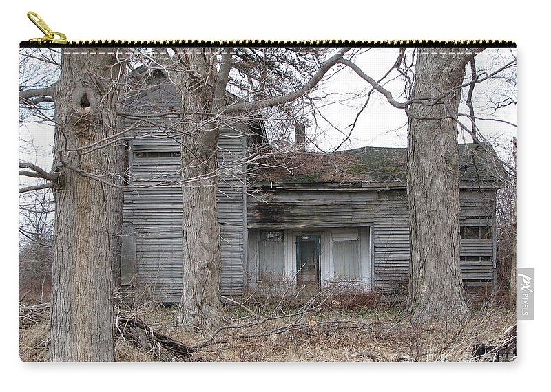 Defunct House Carry-all Pouch featuring the photograph Defunct House by Michael Krek