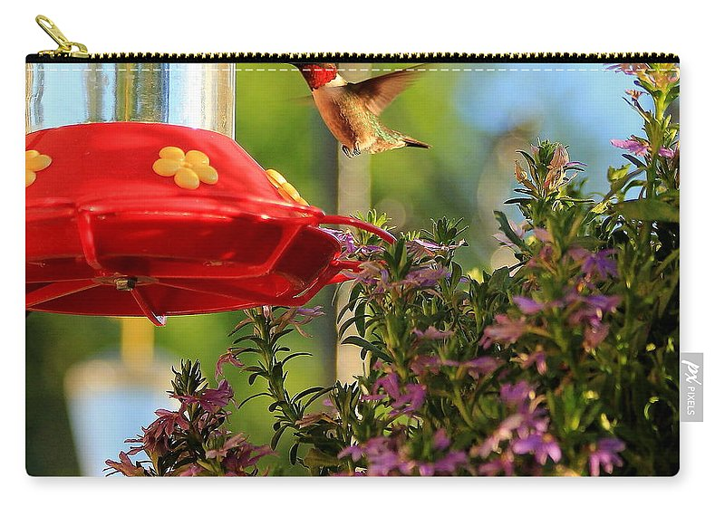 Birds Carry-all Pouch featuring the photograph Dinnertime by Reid Callaway