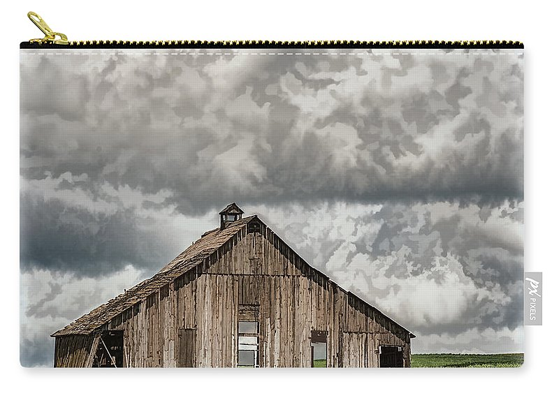 Barn Carry-all Pouch featuring the photograph Disappearing America by David Kay