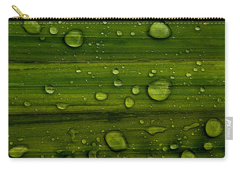 Backdrop Carry-all Pouch featuring the photograph Droplets by TouTouke A Y