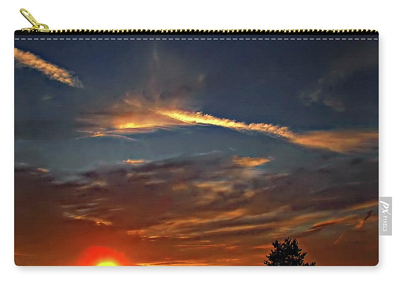 Sauble Beach Carry-all Pouch featuring the photograph Dune Dreaming by Steve Harrington