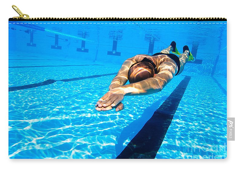 Apnoea Carry-all Pouch featuring the photograph Dynamic Apnoea by Hagai Nativ