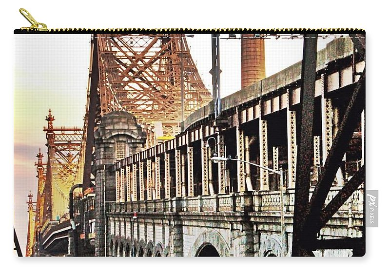 New York Carry-all Pouch featuring the photograph Queensboro Bridge by Re Dub