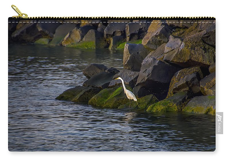 Egret Carry-all Pouch featuring the photograph Egret On The Rocks by Bill Cannon