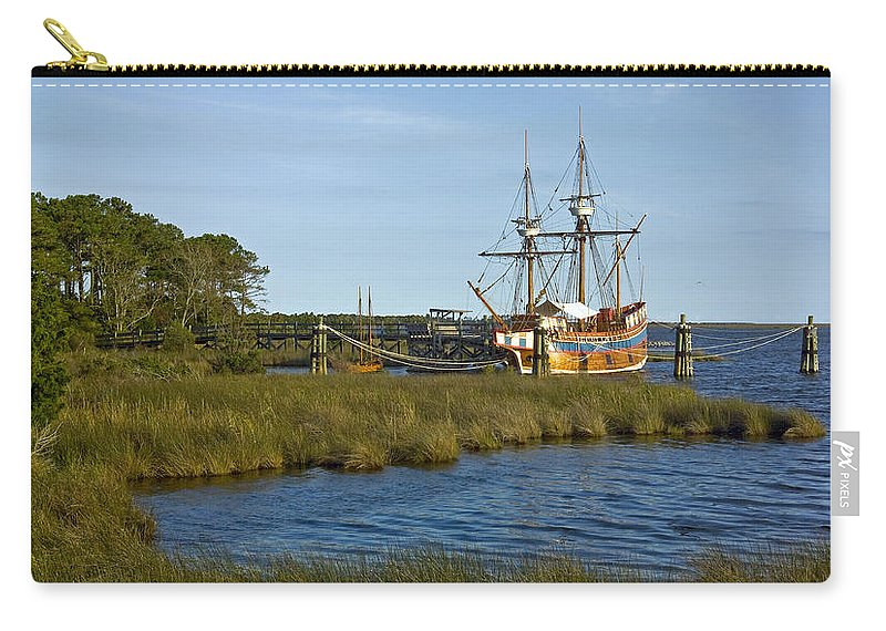 Boat Carry-all Pouch featuring the photograph Elizabeth II In Port by Greg Reed