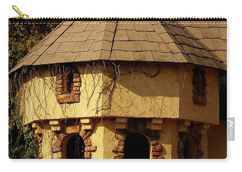 Castle Carry-all Pouch featuring the photograph Fairytale Castle by Rodney Lee Williams