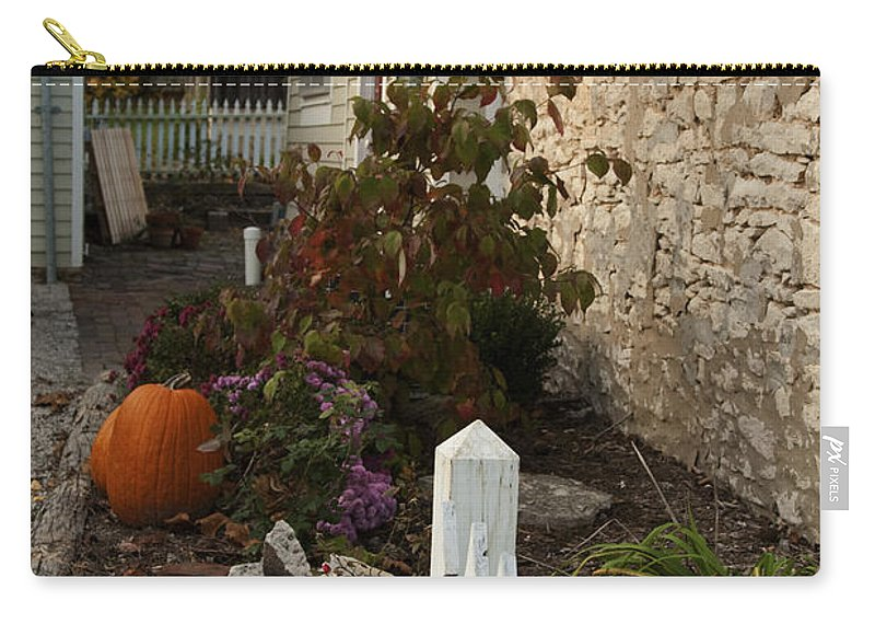 Fall Carry-all Pouch featuring the photograph Fall In Elsah Il Img 9542 by Greg Kluempers
