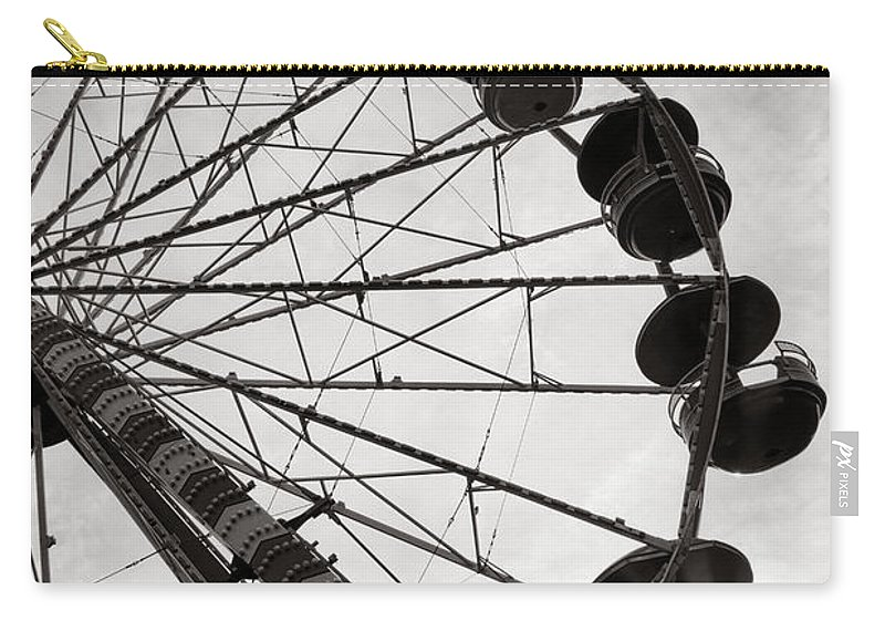 Ferris Carry-all Pouch featuring the photograph Ferris Wheeler Day Off by Olivier Le Queinec