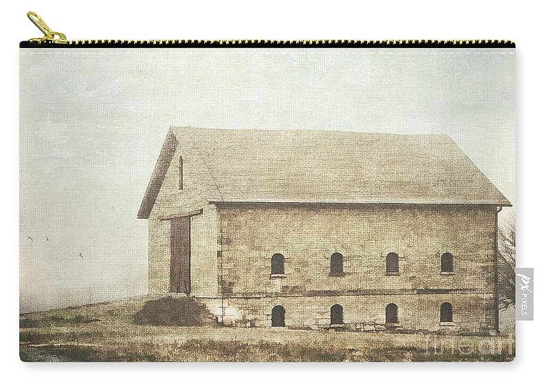 Barn Carry-all Pouch featuring the photograph Filley Stone Barn by Pam Holdsworth