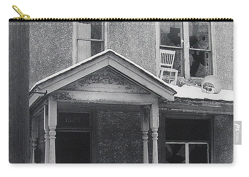 Film Noir Its A Wonderful Life 1947 Never Been Born Section Condemned House Minneapolis 1966 Black And White Carry-all Pouch featuring the photograph Film Noir Its A Wonderful Life 1947 Never Been Born Section Condemned House Minneapolis 1966 by David Lee Guss